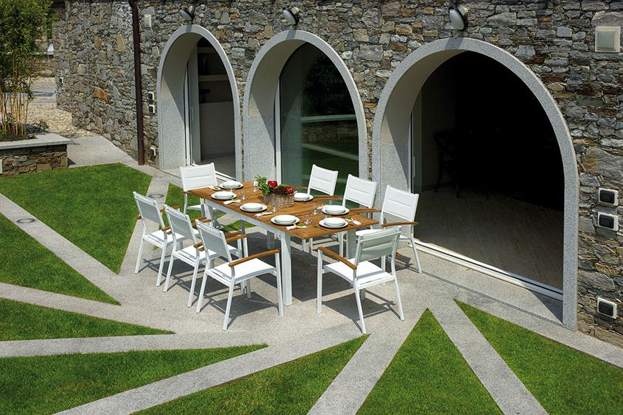 Progetto Tavolo Da Giardino Fai Da Te.Progetto Verde Rimini Santarcangelo Camini Caminetti Stufe