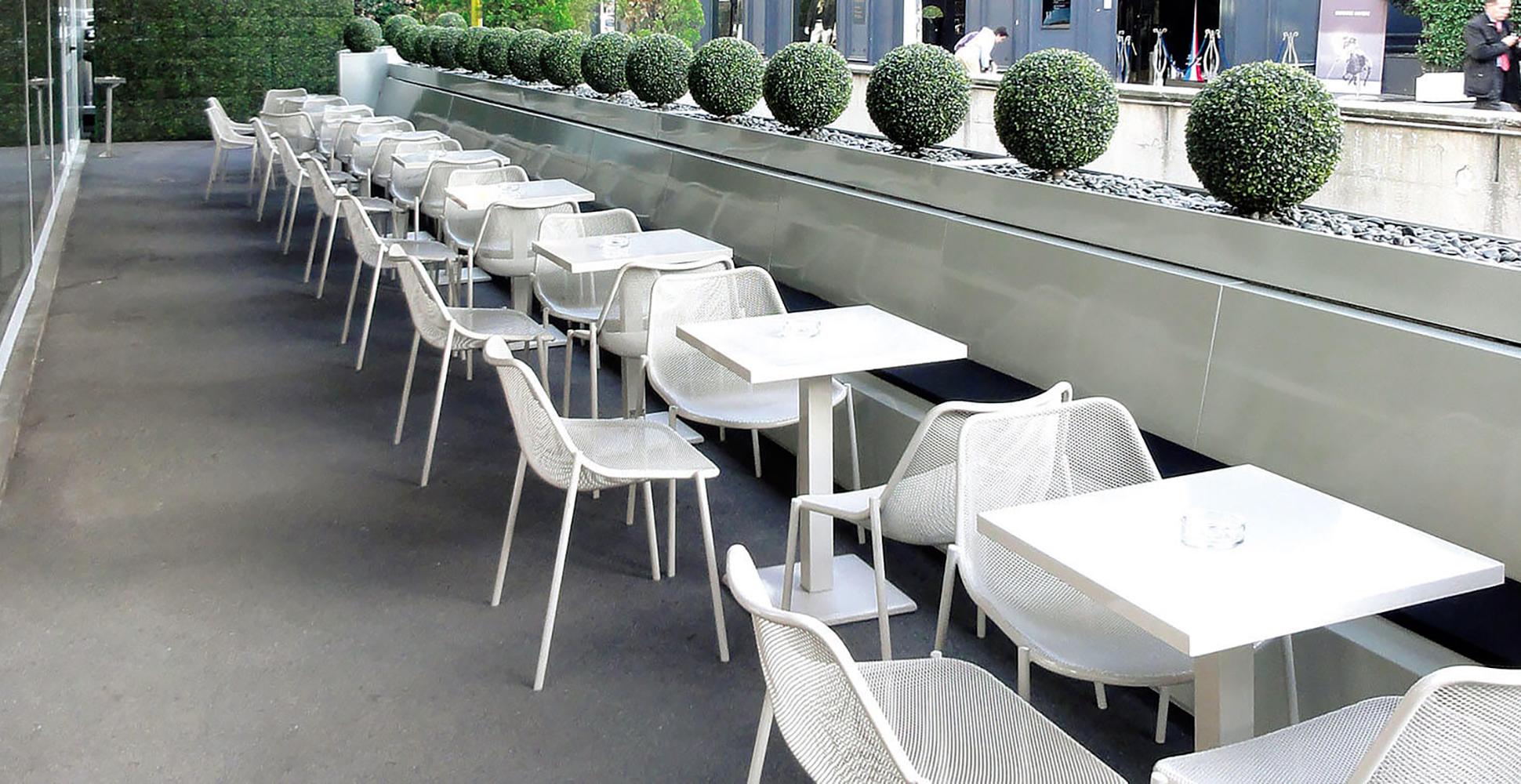Progetto verde rimini santarcangelo camini caminetti for Arredo esterno outlet