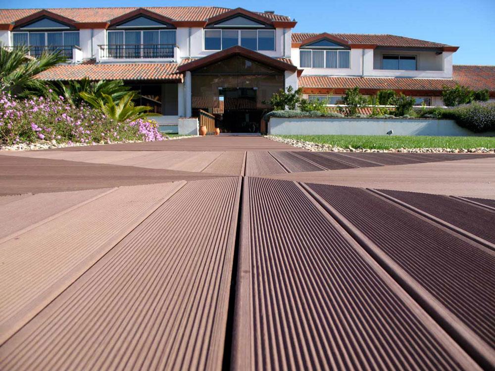 Pavimenti in resina per esterni prezzi free pavimenti in resina per esterni with pavimenti in - Piastrelle per facciate esterne ...